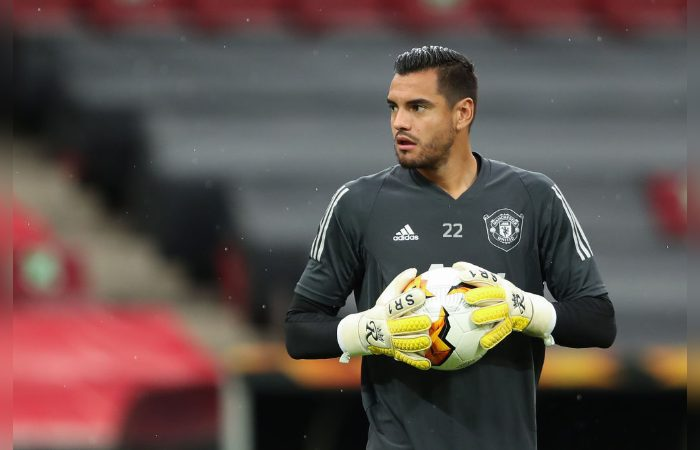 Romero's Wife lashes out at Manchester United